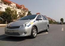 Cần bán lại xe Toyota Wish 2.0AT 2009, màu bạc, xe nhập