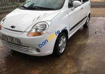 Cần bán xe Chevrolet Spark đời 2011, màu trắng