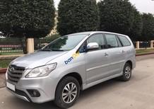 Bán xe Toyota Innova 2.0 E đời 2015, màu bạc chính chủ