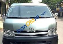 Cần bán Toyota Hiace 2011, màu xanh ngọc
