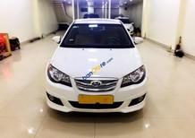 Cần bán lại xe Hyundai Avante 2013, màu trắng số tự động