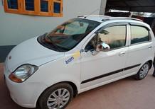 Cần bán xe Chevrolet Spark LS 0.8 MT năm sản xuất 2010, màu trắng xe gia đình