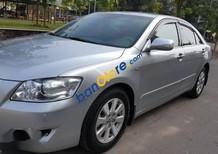 Bán Toyota Camry 2.4G đời 2008, màu bạc ít sử dụng
