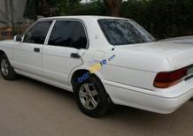 Cần bán xe Toyota Crown 2.4 MT 1993, màu trắng, xe nhập