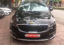 Cần bán xe Kia Sedona sản xuất 2015, màu đen chính chủ