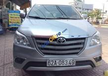 Bán Toyota Innova năm 2014, màu bạc