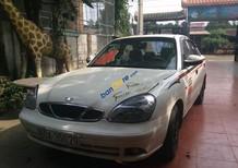 Gia đình bán xe Daewoo Nubira 1.6II đời 2001, màu trắng