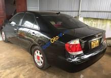Bán gấp Toyota Camry 2005, màu đen, xe nhập, giá chỉ 180 triệu
