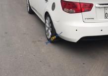 Cần bán xe Kia Forte sản xuất năm 2012, màu trắng số tự động