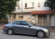 Cần bán Mercedes E250 2010, giá chỉ 815 triệu, màu xám ghi cực đẹp