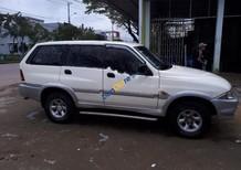 Bán Ssangyong Musso 2.3 năm 2000, màu trắng xe gia đình, giá chỉ 130 triệu