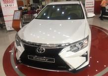 Bán ô tô Toyota Camry E đời 2018, màu trắng