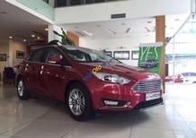 Bán xe Ford Focus Titanium 1.5 AT năm 2017, màu đỏ