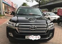 Cần bán lại xe Toyota Land Cruiser V8 đời 2016, màu đen, nhập khẩu chính hãng