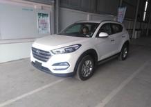 Cần bán xe Hyundai Tucson 2.0L bản đặc biệt 2018, màu trắng, giá bán cạnh tranh