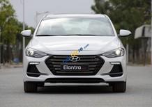 Bán Hyundai Elantra năm 2018 màu trắng, 729 triệu