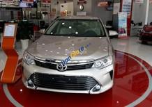 Bán Toyota Camry 2.0E giá ưu đãi, hỗ trợ vay 95% giá trị xe, giảm lên tới 32 triệu