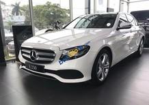 Bán xe Mercedes E250 màu trắng, giá tốt, giao xe ngay