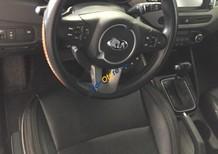 Bán ô tô Kia Rondo GAT 2.0AT đời 2016, màu trắng số tự động