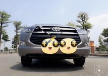 Cần bán lại xe Toyota Innova 2.0E sản xuất năm 2017, màu xám