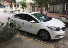 Cần bán xe Kia K3 2.0 đời 2015, màu trắng như mới