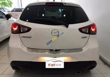 Cần bán Mazda 2 1.5AT đời 2015, màu trắng, nhập khẩu Thái