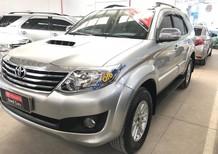 Cần bán xe Toyota Fortuner G năm sản xuất 2014, màu bạc, hỗ trợ tài chính