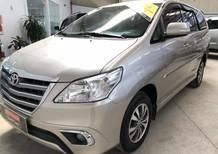 Cần bán Toyota Innova 2.0V 2015, màu bạc, 705tr