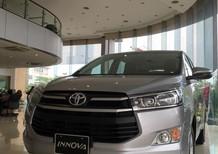 Bán Toyota Innova 2.0 E đời 2018, màu xám