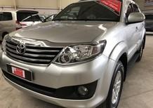Cần bán gấp Toyota Fortuner 2.7V đời 2013, màu bạc