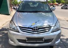 Bán Toyota Innova V đời 2010, màu bạc