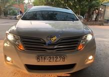 Cần bán gấp Toyota Venza đời 2009, màu trắng, nhập khẩu, giá tốt