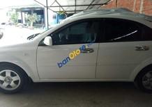 Cần bán Chevrolet Lacetti sản xuất 2013, màu trắng, giá tốt