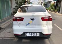 Cần bán lại xe Kia Rio 1.4MT sản xuất năm 2016, màu trắng, nhập khẩu, xe gia đình, 415 triệu