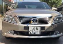 Cần bán lại xe Toyota Cảmy 2.5Q năm 2013 màu vàng, 565 triệu