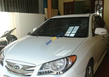 Cần bán xe Hyundai Avante 1.6 AT năm 2014, màu trắng