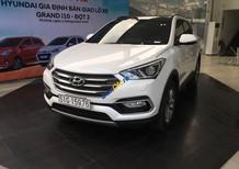 Bán Hyundai Santa Fe 2018 xăng thường, màu bạc, xe giao ngay, nhiều quà tặng. Hỗ trợ vay 90%