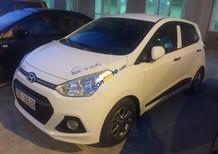 Bán Hyundai Grand i10 1.2 AT sản xuất năm 2015, màu trắng, nhập khẩu chính chủ