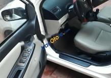 Cần bán Toyota Vios 1.5 MT đời 2005, màu trắng