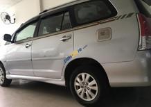 Cần bán xe Toyota Innova V sản xuất 2011, màu bạc