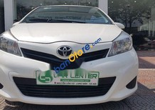 Cần bán gấp Toyota Yaris sản xuất 2012, màu trắng, nhập khẩu Nhật Bản chính chủ