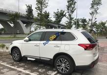 Cần bán xe Mitsubishi Outlander 2.4 Premium năm sản xuất 2018, màu trắng
