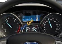 Bán Ford Focus đời 2018, màu trắng, giá chỉ 600 triệu