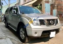 Cần bán gấp Nissan Navara đời 2011, màu bạc, 369tr