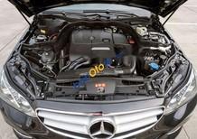 Cần bán xe Mercedes sản xuất 2014, màu đen, giá tốt
