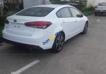 Bán ô tô Kia Cerato 1.6 MT Base sản xuất năm 2018, màu trắng