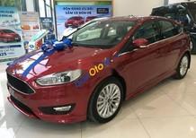 Bán Ford Focus Sport năm 2018, màu đỏ, giá chỉ 730 triệu