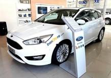Bán xe Ford Focus Sport 1.5L đời 2018, màu trắng, 738tr
