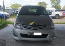 Cần bán Toyota Innova G sản xuất năm 2010, màu bạc, giá bán 426tr