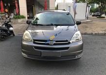 Cần bán xe Toyota Sienna sản xuất năm 2006, màu bạc, xe nhập chính chủ